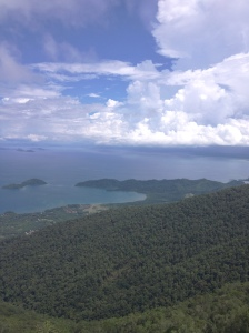 Gambar hiasan: Lahad Datu dari puncak Gunung Silam. Ihsan R&R Capture 2013.