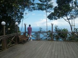 Gambar hiasan: Menara Kayangan, Lahad Datu. Ihsan R&R Capture 2013.